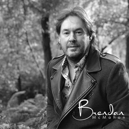 5DD514 – Brendan McMahon – Wired To The Moon Pic1