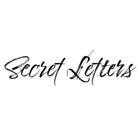 5DD529 – Secret Letters – She Chose You - pic1